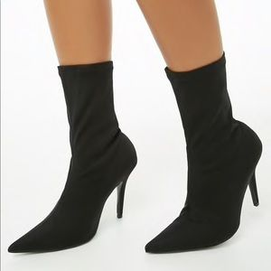 Shoes - Black High heeled boots socks shoes size 5